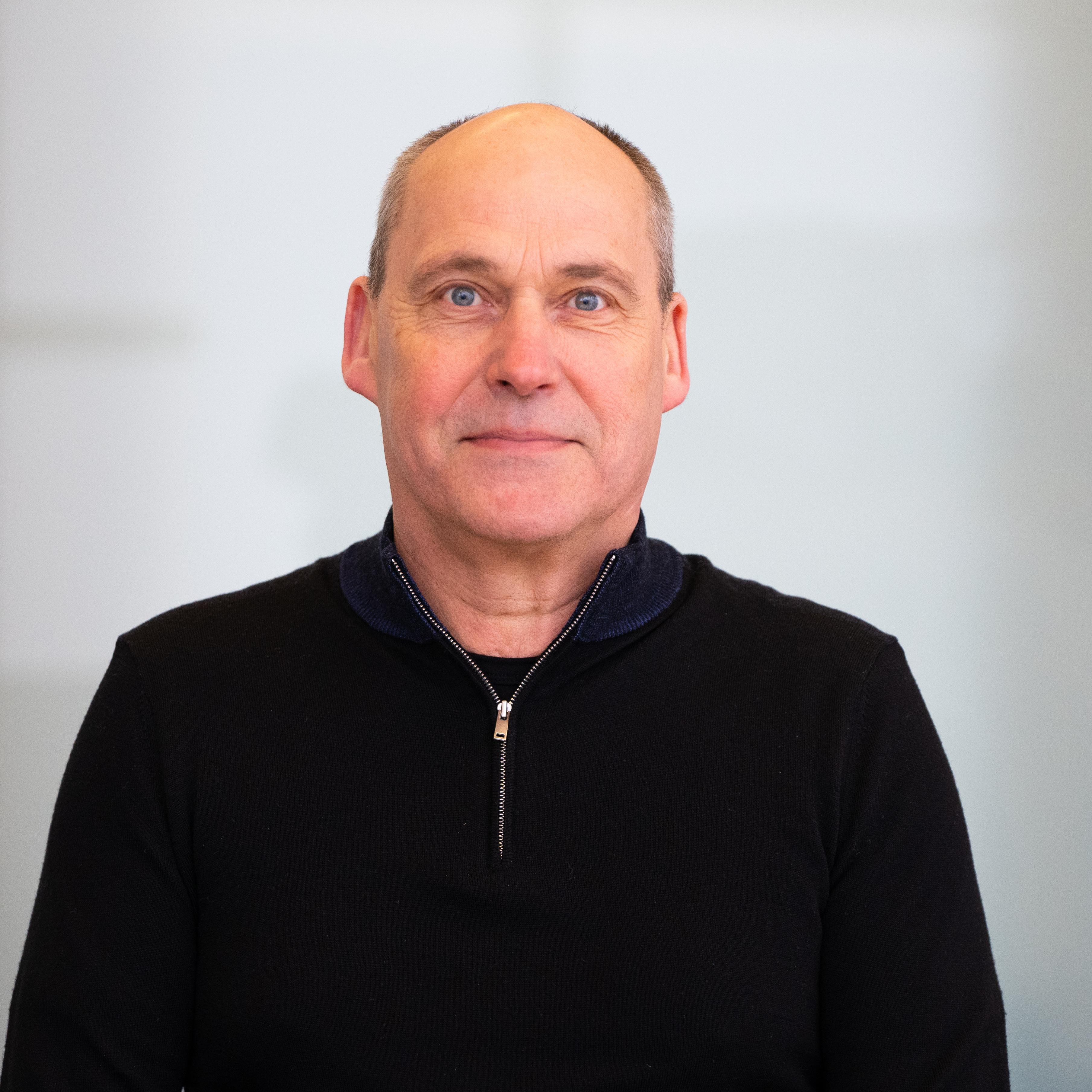 Professor Frank Flury