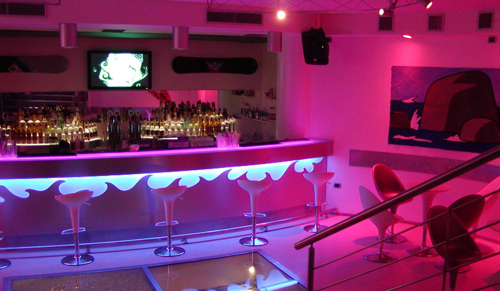 Wind's Bar