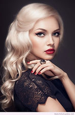 Beautiful-hair-and-make-up-this-blonde-c