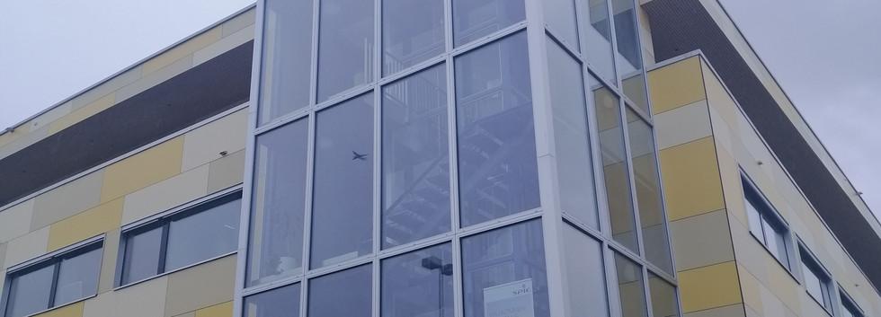 Facade vitrée (1).jpg