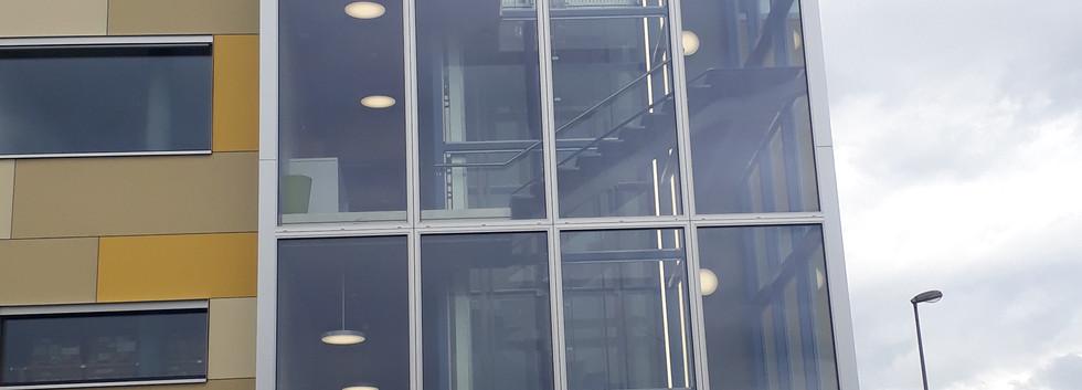 facade vitrée.jpg