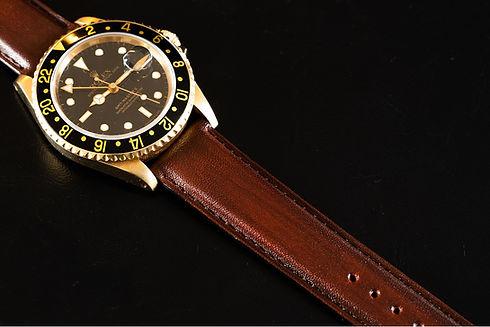 bracelet-de-montre-en-cuir.jpg
