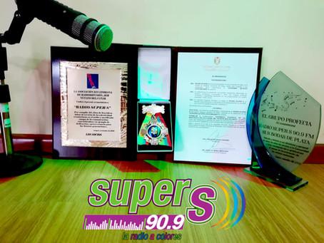 """Reconocimientos a los 25 años de Radio Súper """"S"""" 90.9 FM"""