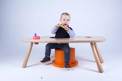 victoria nobels_design_kids_roll_desk_furniture_vndesign