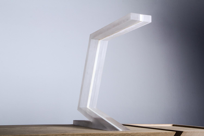 vn_design_z-light_front