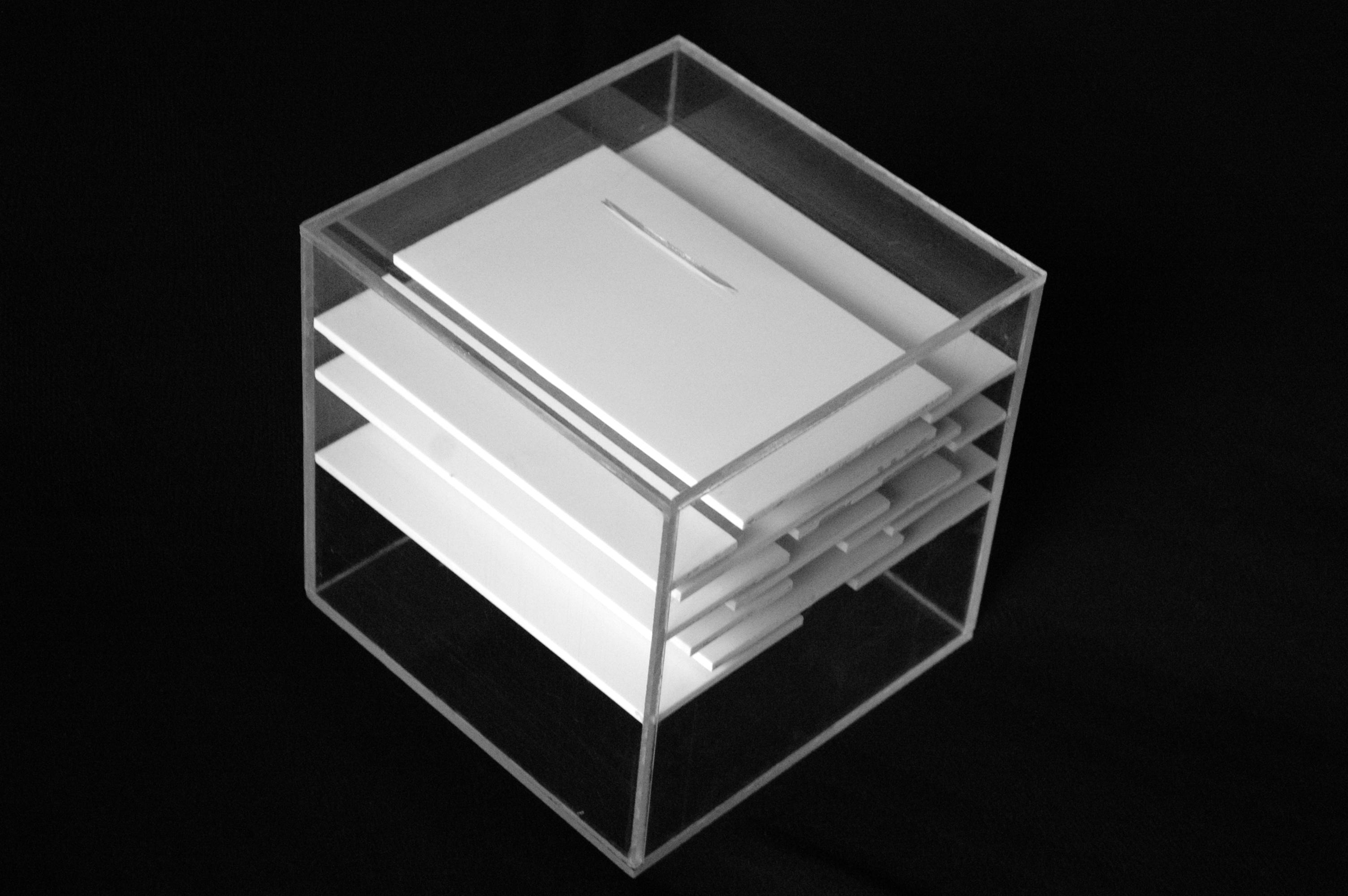 Victoria_nobels_design_piggybank_tirelire_4