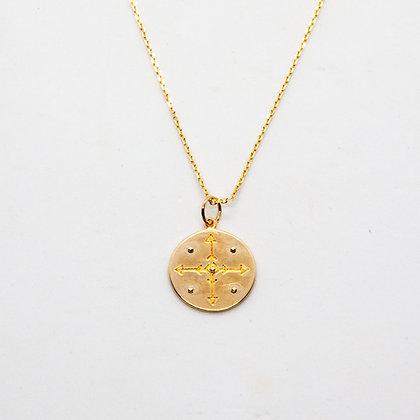 collier femme - collier ras de cou avec médaille gravée - bijoux boheme - bijoux créateur - the boho society