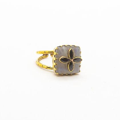 bague pierre de lune - pierre de lune - bague pierre semi precieuse - bijoux boheme - the boho society