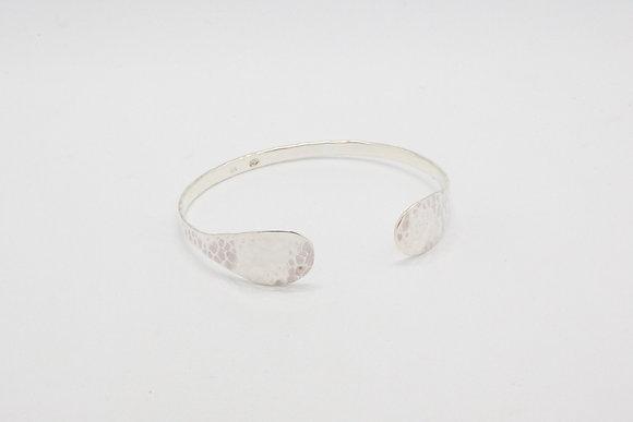 The boho society-bracelet jonc argent martele-bracelet fantaisie-bracelet boheme