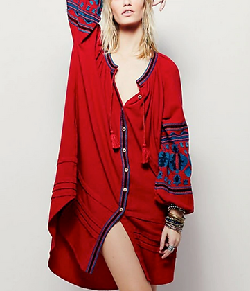 The boho society - robe kaftan brodée rouge bordeaux - boheme chic