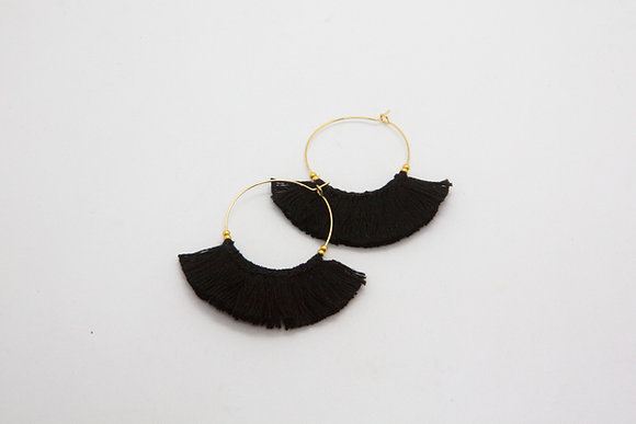 the boho society-boucles d oreilles pompons tendance - bijoux de createurs-bijoux boheme chic