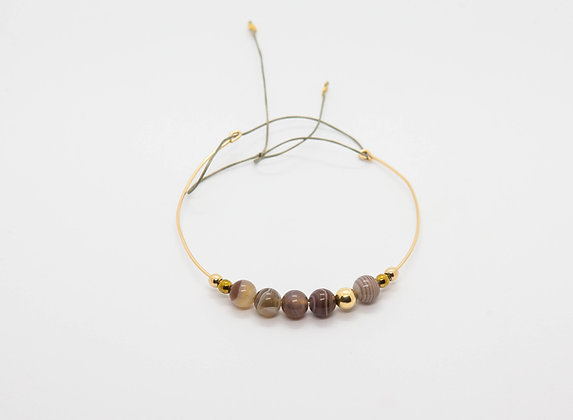 bracelet jonc fin en gold filled 14k avec perles fines - jonc fin plaqué or et perles fines agate - the boho society