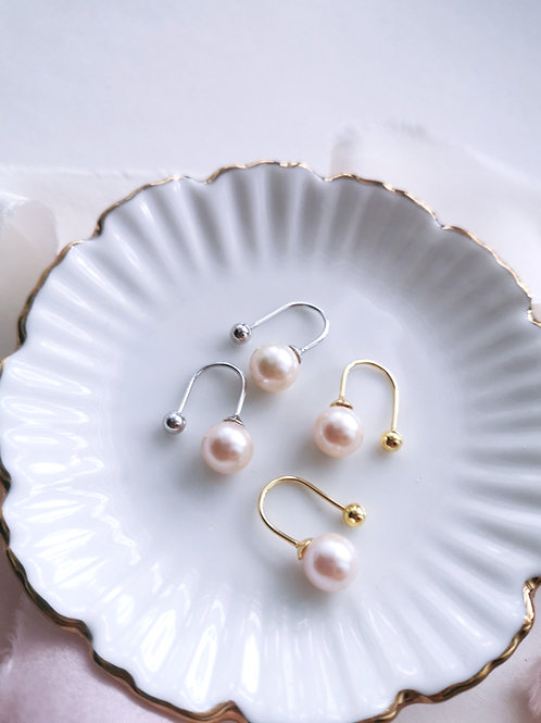 Minimalist chic pearl dangles