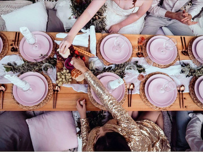 Wedding pop-up picnic