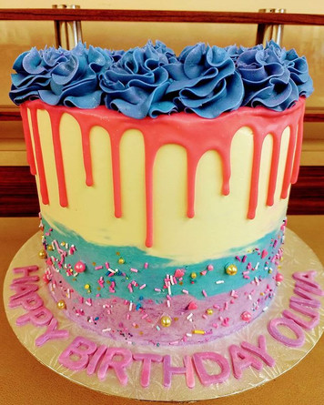 Drip cake #buttercream #dripcake #chocol
