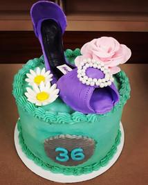 Happy birthday! #customorder #shoelover #purplelover #36 #happybirthday #customer #gananoque #downtown #soganrightnow #buttercream #fondant_
