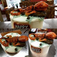 Bearded dragon cake for an 18th birthday