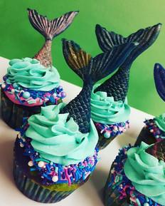 Mermaid Cupcakes! #mermaidcupcakes #mermaidtail #cupcakes #glutenfree #sprinkles #mermaidmagic #sweetopolita #gananoque #hotroastcompany #Ge
