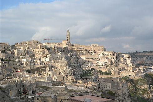 Matera_-_veduta_della_Civita_dal_Sasso_C