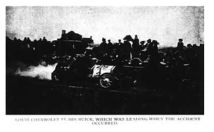 Louis Chevrolet leads 1910 Vanderbilt Cup race