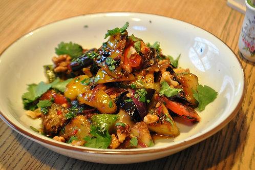 Теплий салат з печеними овочами
