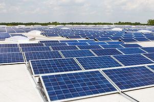 Photovoltaik_Dachanlage_Hannover_-_Schwarze_Heide_-_1_MW.jpg