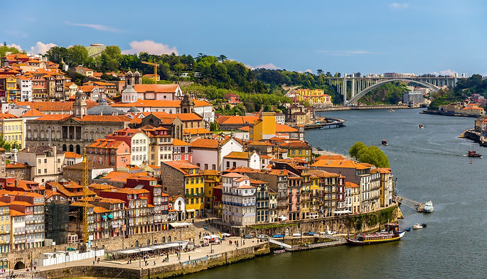 Portugal%20-%20Porto_edited.jpg