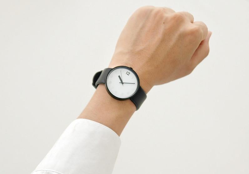 sharing watch 3.jpg