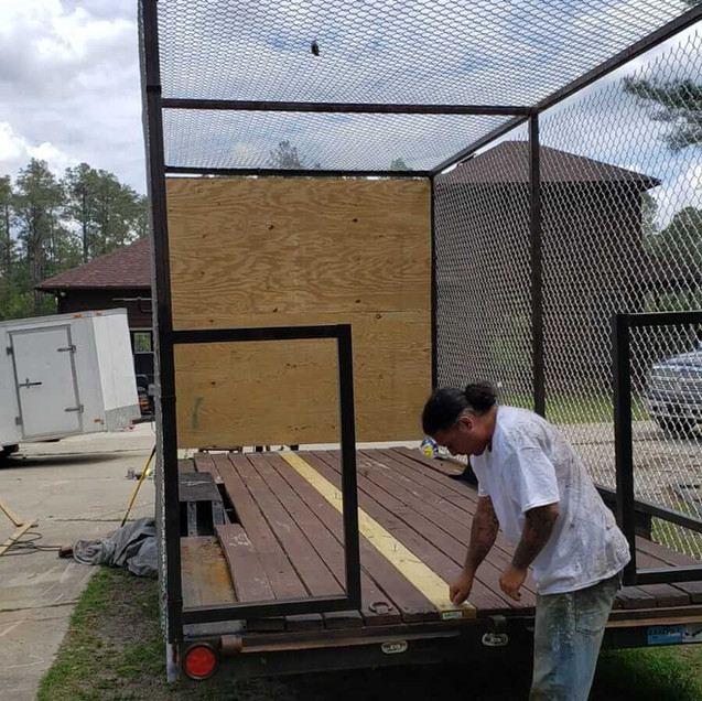 mobile-unit-axe-throwing-cage.jpg