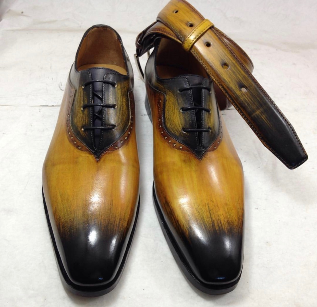 Oxford shoe with Matching Belt