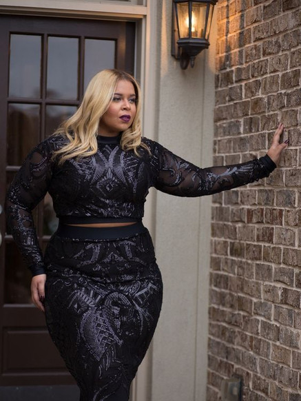 Heat Up The Holidays with Miss Diva Kurves Holiday 2016 Collection _ The Curvy Fashionista