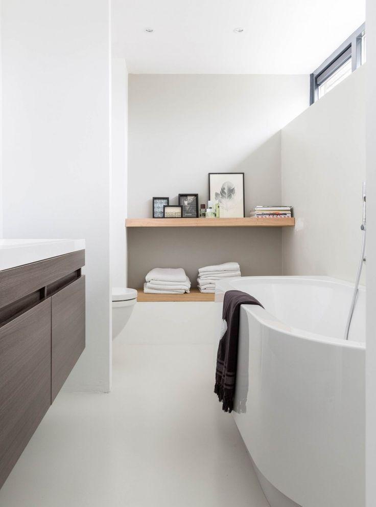 Minimal Bathroom Inspiration