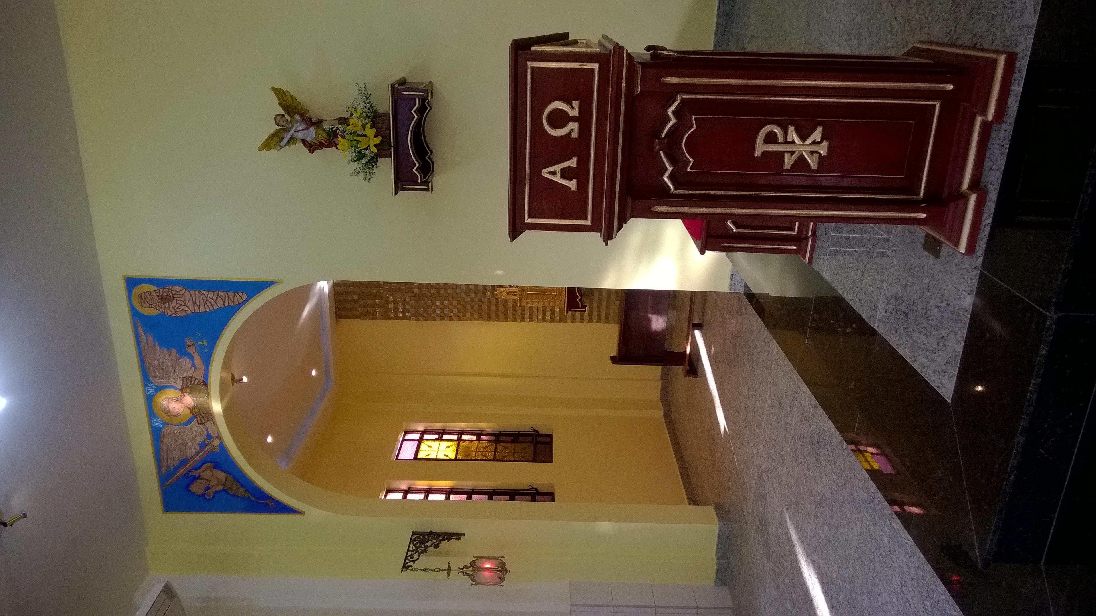 PRESBITÉRIO ALTAR E AMBÃO DEPOIS (3)