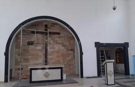 abertura de um portal para a capela do Santíssimo