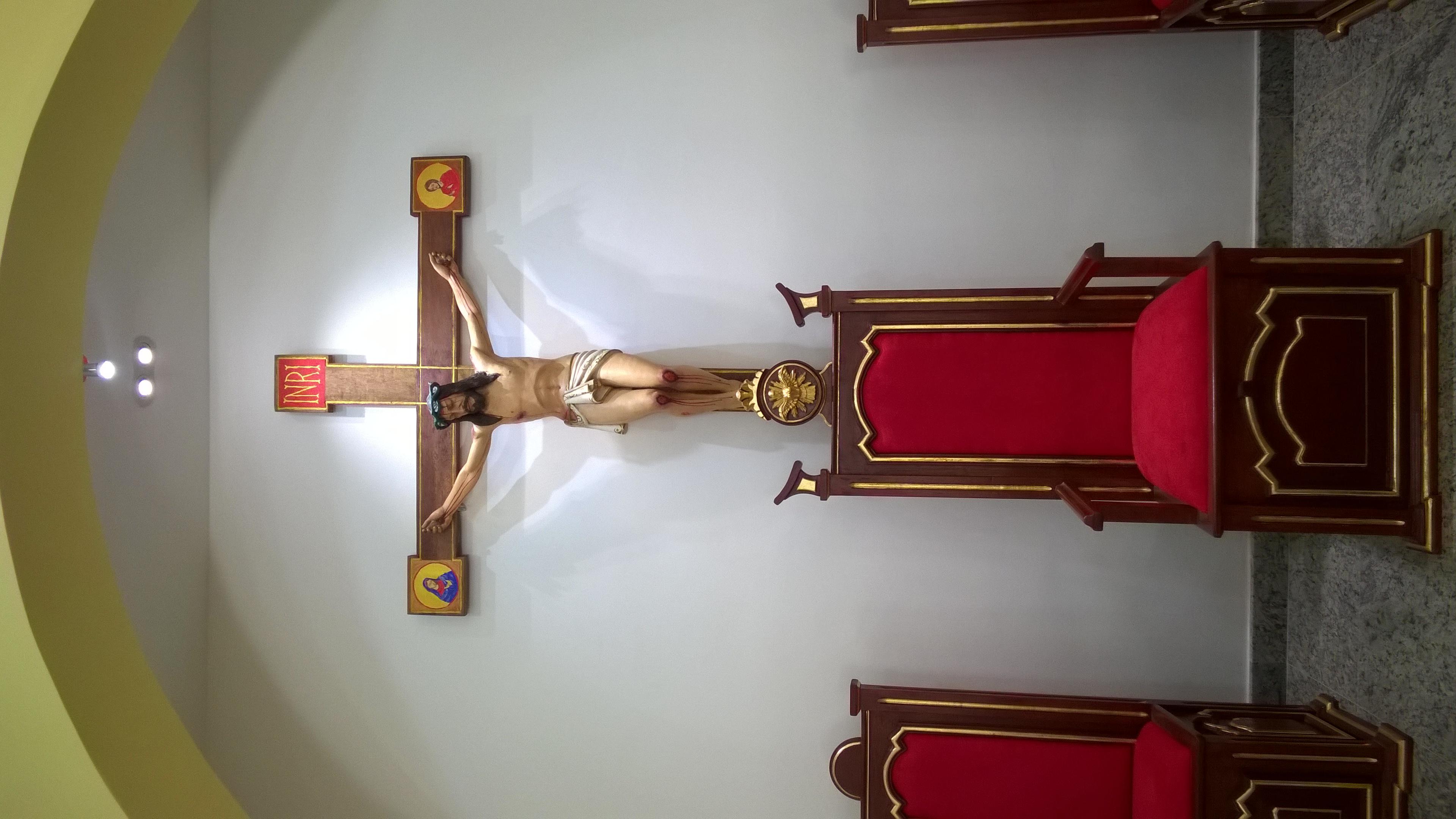 PRESBITÉRIO ALTAR E AMBÃO DEPOIS (9)