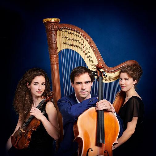 Trio Jenlis (Full size - central spotlig