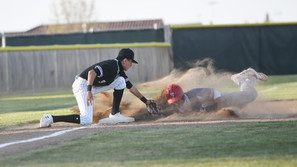 Walk-off wild pitch gifts Stallions a win