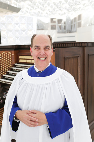 Meet Madera's world class organist, Dr. John Romeri