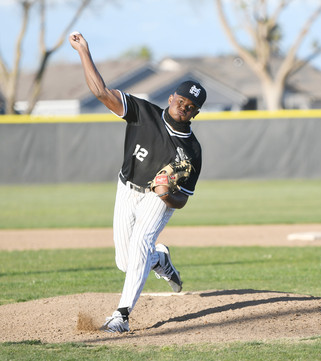 Stallions ride fourth to victory