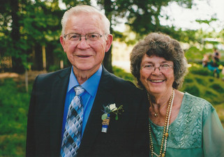 Longtime residents fill role of Grand Marshals