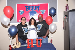 Coyotes softball player Ricks signs with Howard