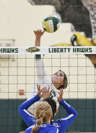 Hawks bounce back with win