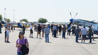 Hundreds flock to airshow