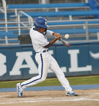 Coyotes flat in loss to Pioneers