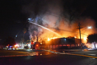 Fire burns iconic former Madera Athletic Club building