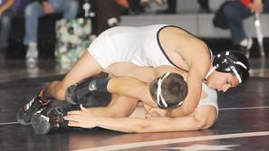 Hernandez earns state medal