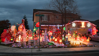 Local house features full holiday display