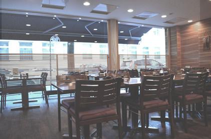 yabase-store-interior03.jpg