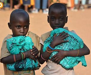 distribution kit scolaire_burundi_VF.jpg