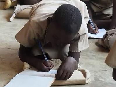 Ecole Primaire Burundi Sep 2019_2b.jpg